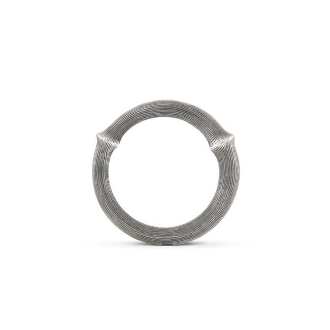 Image of   Ole Lynggaard Nature ring sølv nr. 4 - A2683-301 Størrelse 52