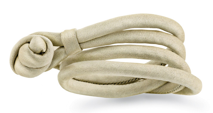 Ole Lynggaard Beige silkearmbånd - A2540 Large - 40-42 centimeter
