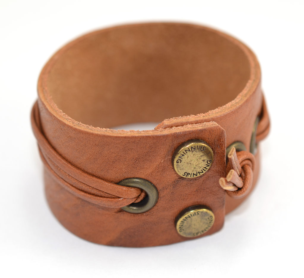 Image of   SPINNING CHARMS ARMBÅND - 49-83